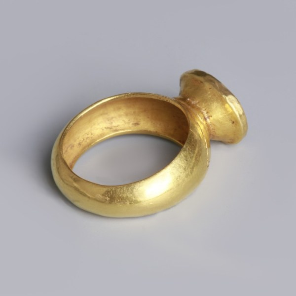Roman Gold Ring with Mars Intaglio