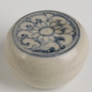 Hoi An Shipwreck Pottery Cosmetic Box
