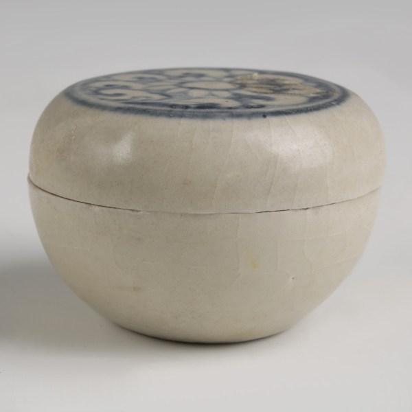 Hoi An Shipwreck Pottery Cosmetic Box