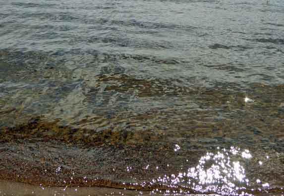 Glittrande vatten
