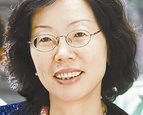 Photo of شو تينغ – وردة على قبر أمي