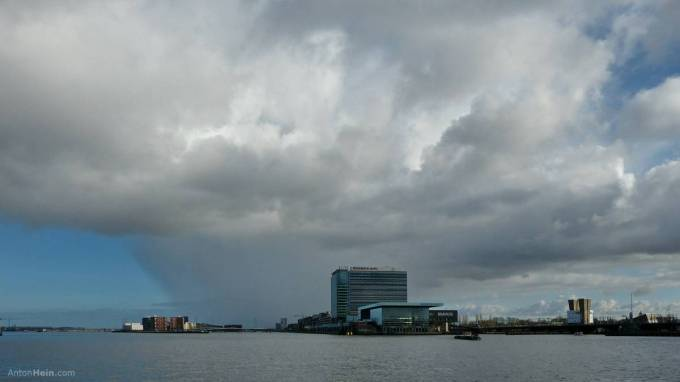 Now and then rain in Amsterdam