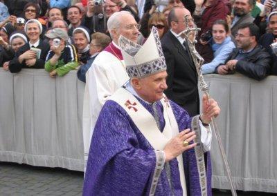 II rocznica śmierci Jana Pawła II - uroczystości na Placu św. Piotra