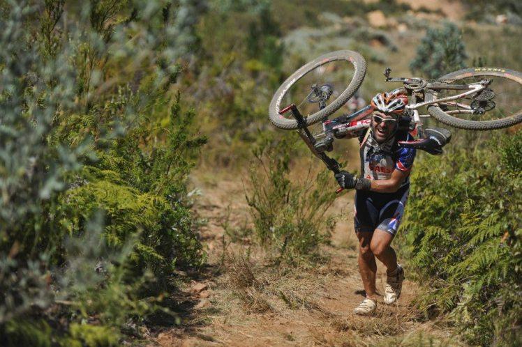 Antonio Gassó participando en la Cape Epic de Sudáfrica