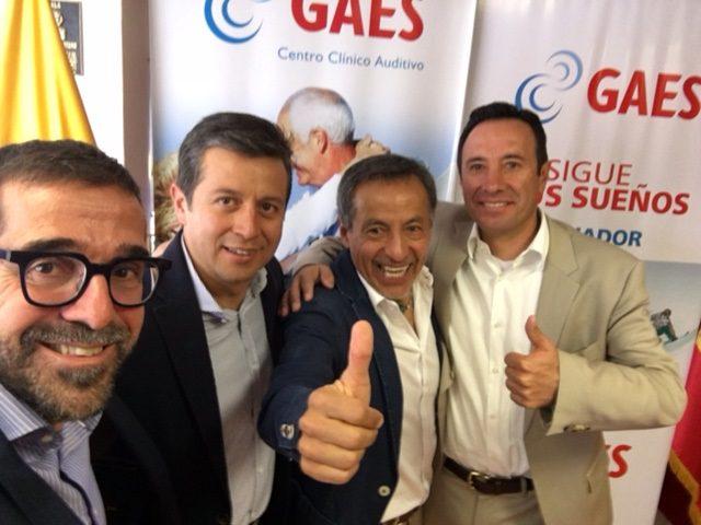 De izquierda a derecha: Antonio Gassó, Santiago Gutiérrez, Iván Vallejo y Juan Carlos Bosmediano, miembros del jurado de Persigue tus sueños Ecuador