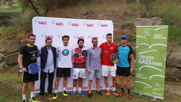 """De izquierda a derecha: David Esteban, David Trenado, Fernando Belasteguín, """"Molete"""", Antonio Gassó, Sergi Nogueras y Guiu Fàbregas"""