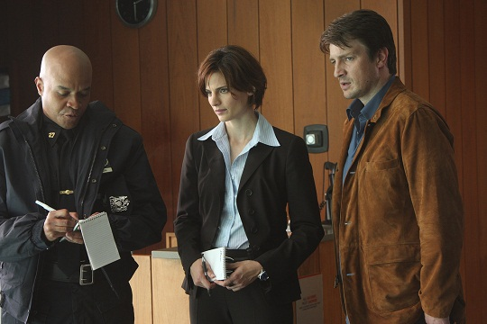 CASTLE_StanaKatic_NathanFillion