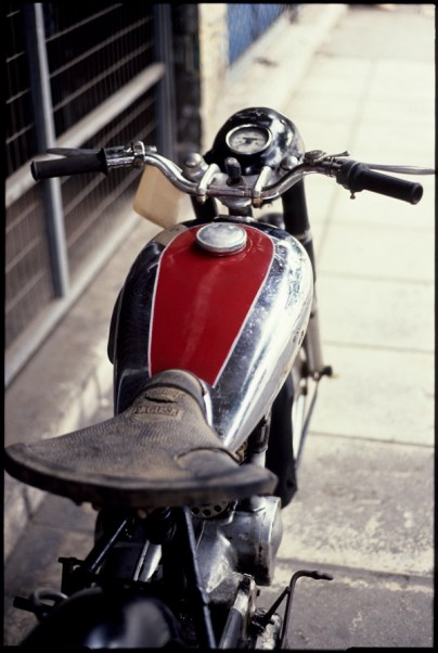 Moto 001
