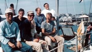 Экипаж Rabbit в гавани Плимута после победы в Фастнетской гонке. 1965 год
