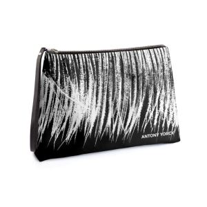 antony-yorck-clutch-abendtasche-mit-straussenfeder-animal-print-purple-black-white-135768-01
