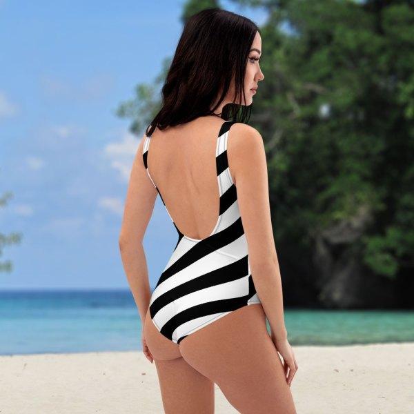Antony Yorck • Badeanzug Damen schwarz weiß schräg gestreift • collection OBVIOUS 5 antony yorck one piece swimsuit badeanzug swimwear bechwear stripes black white 0001