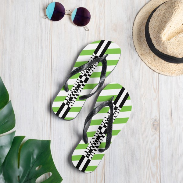 zehentrenner-sublimation-flip-flops-white-lifestyle-1-60bf51590a6a4.jpg