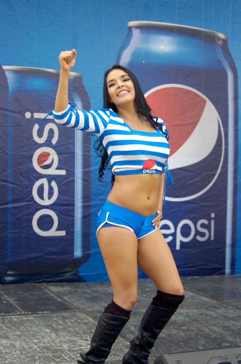 Kenya Reyes  de Guatemala 2296