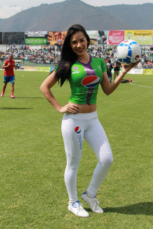 Manuela Suarez (10)