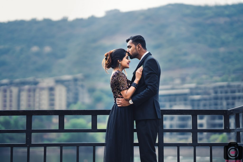 Romantic Pre-wedding in Lavasa-Pune-India