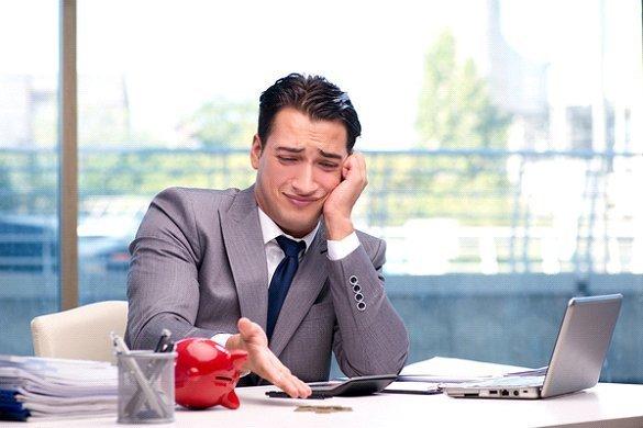 9 metode de îmbunătățire a cash-flow-ului pentru o afacere mică