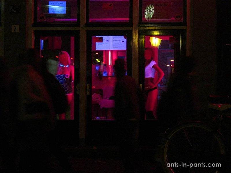 Район красных фонарей. Проститутки