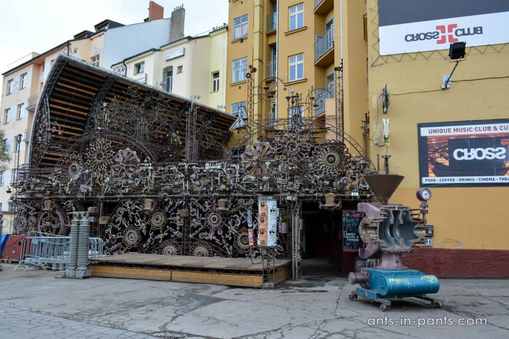unusual pub in Prague