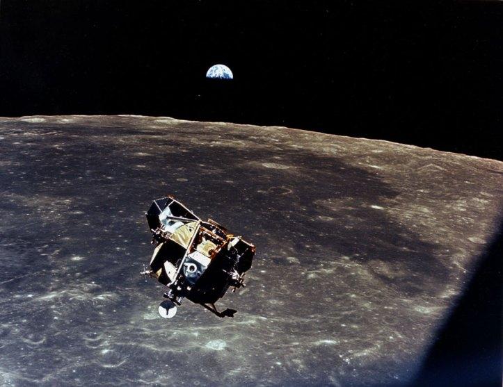 De la Luna a la Tierra