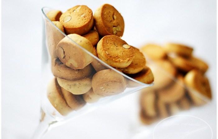 حلوى الفقاص اللذيدة - مع المقادير وكيفية التحضير