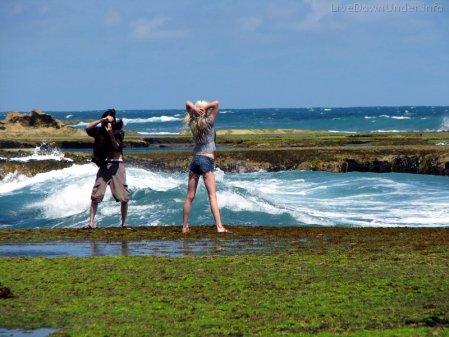 Modelka nad oceanem, Australia