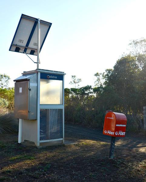 poczta i telefon na French Island