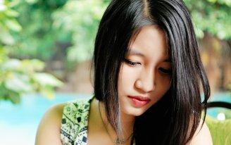 girl-1718120_1280.jpg