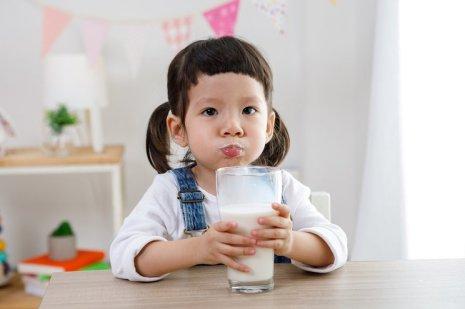 informasi nilai gizi susu Dancow