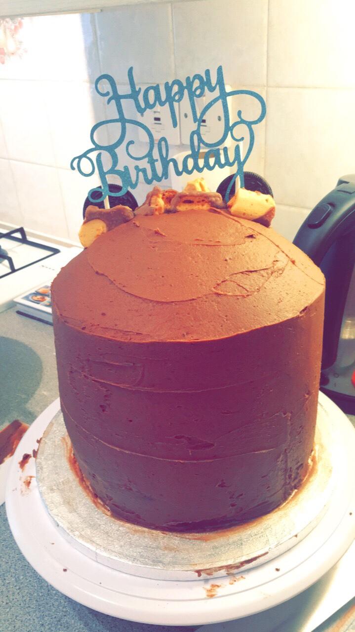 Pleasing A Gigantic Chocolate Fudge Birthday Cake Contains Gluten Personalised Birthday Cards Veneteletsinfo