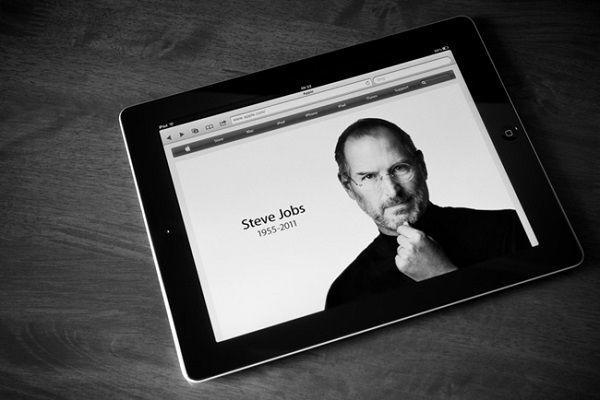 iPadの中のスティーブジョブズ