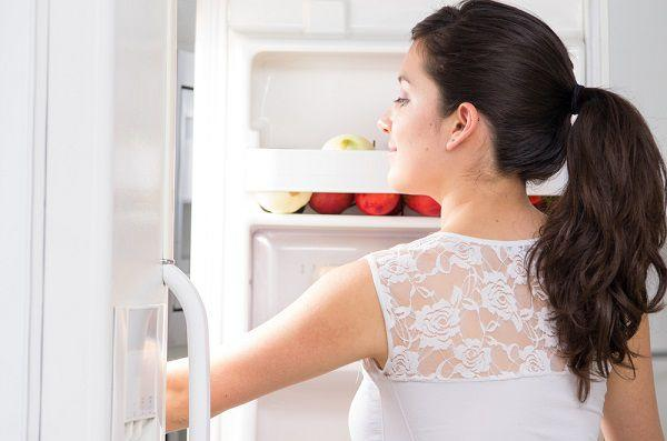 冷蔵庫に日焼けローションを常備しておく