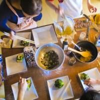料理教室でみんなと楽しくお料理