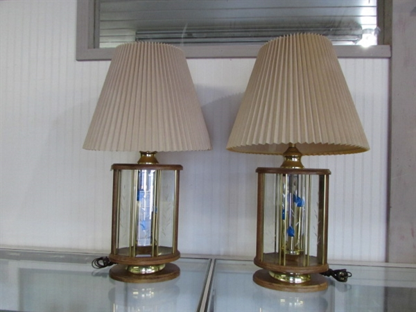2 MATCHING OAK & ETCHED GLASS TABLE LAMPS