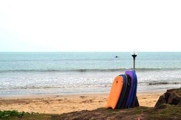 Suasana Pantai di Tambang Ayam Cottage Anyer