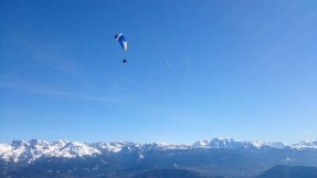 The paragliders were out in force, there must have been at least 20 along the tops of the cliffs