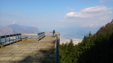 Ski jump viewing platform really projects out over the hill