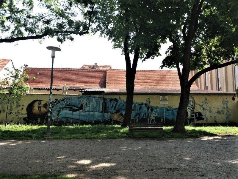 Gulliver - Graffiti in Zagreb