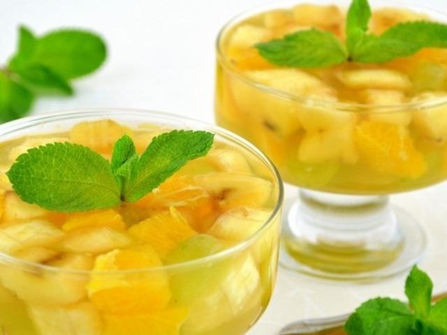 frukty-v-chajnom-zhele