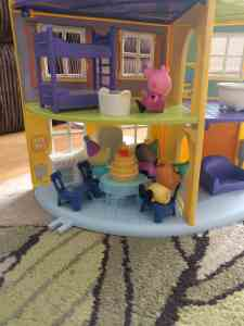 Peppa Pig's Family Home