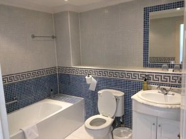 The Umi Hotel; Bathroom