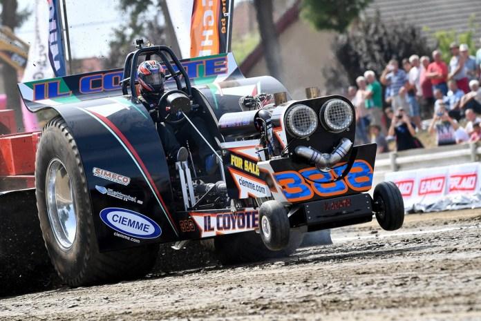 Traktorhúzó verseny Hajdúböszörményben