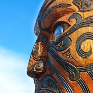 Maori carving New Zealand