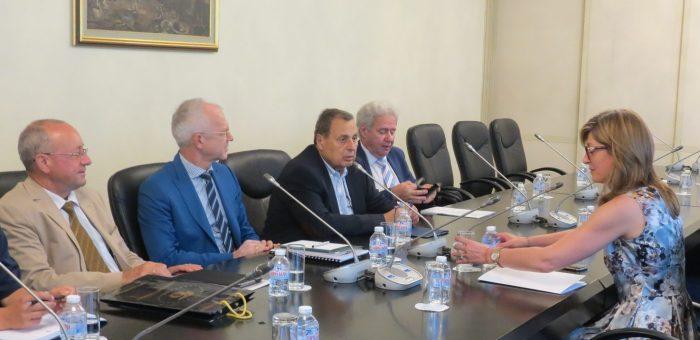 Работодателите още по-активно ще си сътрудничат с Министерство на външните работи