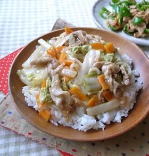お手軽に!白菜&人参&豚こまの中華丼