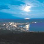 青森・むつ市 輝け「夜のアゲハチョウ」夜景保護へ!