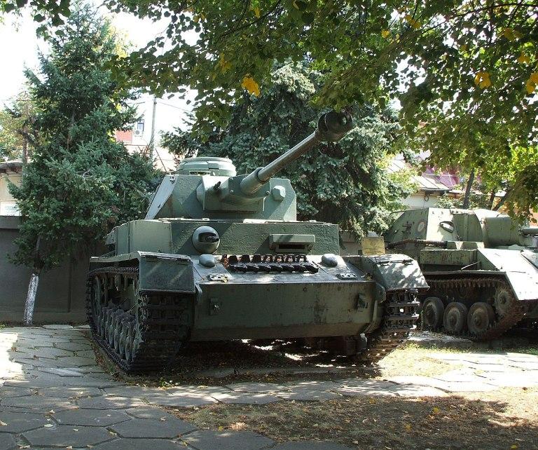 T-IV, mai cunoscut sub numele de Panzer IV, 138 de vehicule (modelele G, H şi J) au fost livrate de către Germania în timpul războiului. Foto: Mircea87 / wikipedia