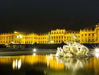 Schloss Schönbrunn im Wandel der Jahreszeiten, Photography Charlie Schwarz,