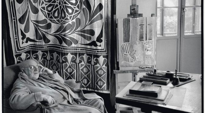 Henri Matisse (1869-1954) in seinem Haus in Südfrankreich