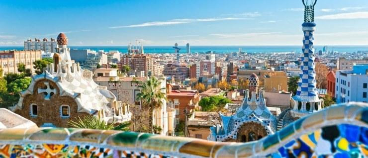 lugares-para-se-viajar-sozinho-barcelona-espanha Os 15 melhores lugares do mundo para se viajar sozinho (a)