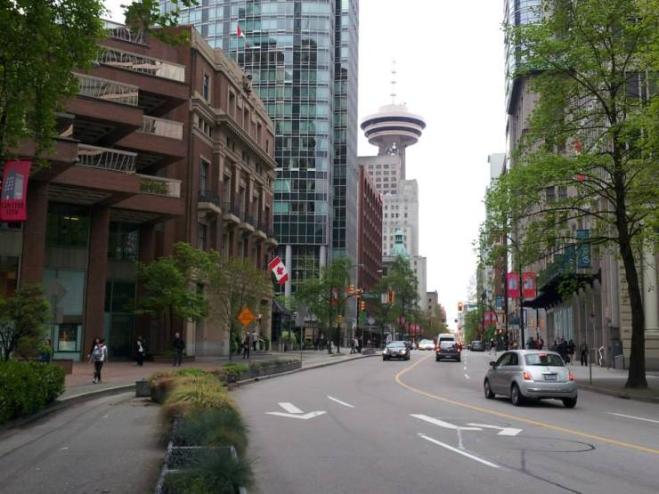 lugares-para-se-viajar-sozinho-canada-centro-vancouver